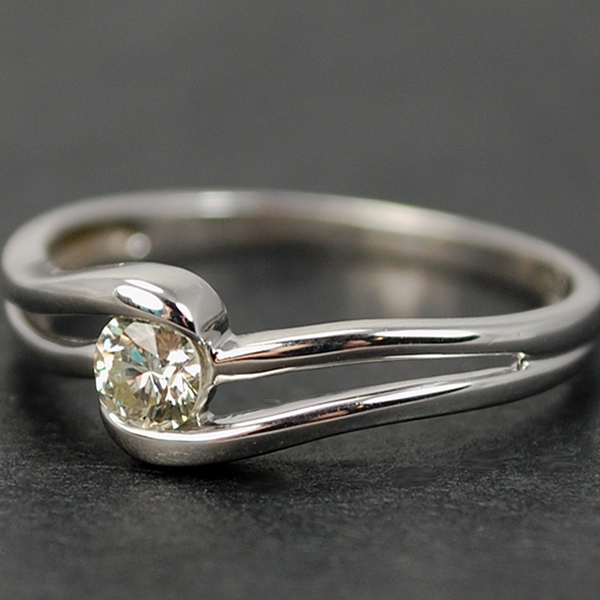 9ct White Gold Brilliant Cut 0.25 Carat Diamond Ring in Modern Jewellery from Coopers Jewellery, North Devon