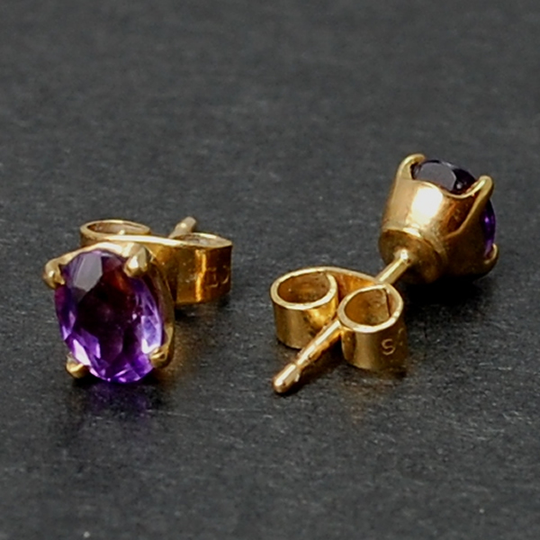 18ct Yellow Gold Amethyst Studs in Modern Jewellery from Coopers Jewellery, North Devon