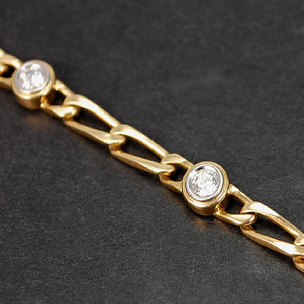 18ct Yellow Gold 1.20 Carat Diamond Bracelet  in Modern Jewellery from Coopers Jewellery, North Devon