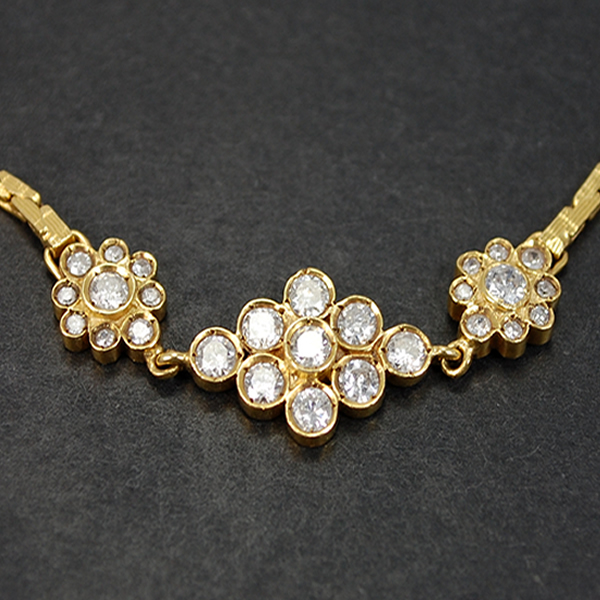 18ct Yellow Gold 1.40 Carat Diamond Cluster Bracelet  in Modern Jewellery from Coopers Jewellery, North Devon