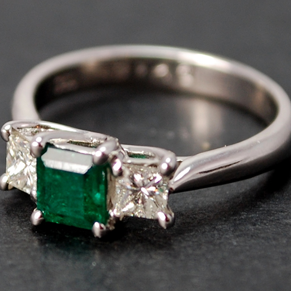 18ct White Gold Emerald and Diamond 3 Stone Ring in Modern Jewellery from Coopers Jewellery, North Devon