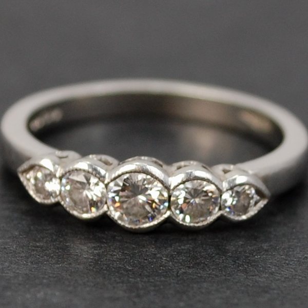 Vintage Platinum 5 Stone Diamond Ring in Vintage Jewellery from Coopers Jewellery, North Devon