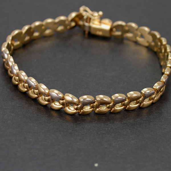 Vintage 9ct Gold Detailed Link Bracelet  in Vintage Jewellery from Coopers Jewellery, North Devon