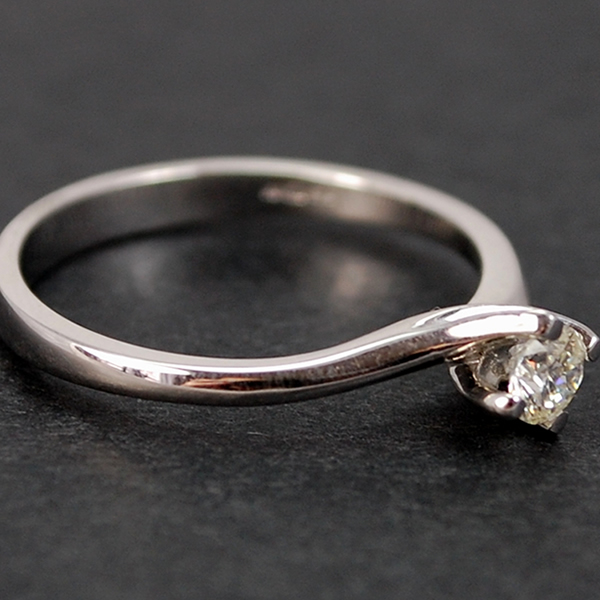 18ct White Gold Brilliant Cut 0.26 Carat Diamond Twist Ring in Modern Jewellery from Coopers Jewellery, North Devon